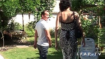 French amateur gets her ass fucked in the garden after a good blowjob