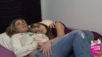 Lesbian desires 2135