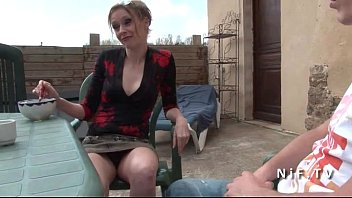French mom seduces y. guy and gets sodomized outdoor