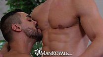 ManRoyale Hunk Jeremy Spreadums fucks Arad Winwin