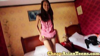 Picking up 18 yo pinay with perfectly slim body / CheapAsianTeens.com