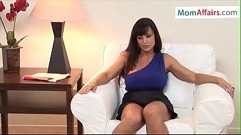 Hot Milf Lisa Ann Enjoying Stepson Big Dick