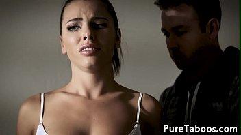 Deepthroating wife cuckolds her husband