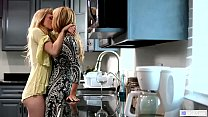 Lesbian lovers finally eat each other out - Ivy Wolfe and Aali Kali