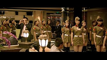 The Yellow Detachment of Women parade-defeat the Red Detachment of Women, long live the Yellow Detachment of Women! ! !