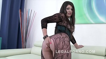 Big butt slut Katlein Ria douple penetrated & fucked by 3 big fat dicks
