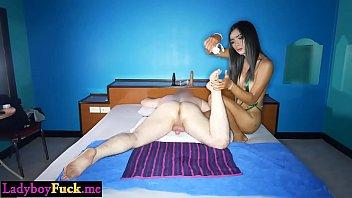 Busty shemale massage a best friend before an anal sex