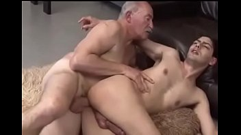 Active mature with passive young man (who fucks me like that?)