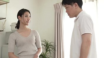 Honami Nishimura, a mother who was pierced by her daughter's boyfriend in the back of her vagina