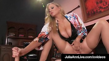 Super Hot Mom Julia Ann Rides Slave Boy Face With Moist Muff