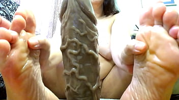 Hot bbw milf oil covered body hand and foot job giant dildo!