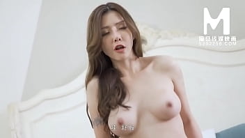 [Domestic] Madou Media Works/MD-0145 Graduation   Card Strong Stepmother 002/Watch Free