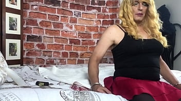 Natasha is a mature sissy cross dresser who loves big black cock
