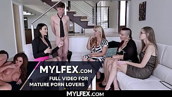 Jasmine Jae Revels her Beauty Secret with Facial Sperm of Young Dicks Rion King
