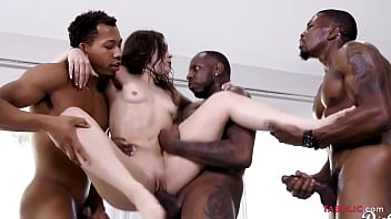 Her gangbang skills are amazing - Kimber Woods