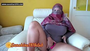 Arab muslim big boobs milf in hijab masturbation on adult sex cams October 23rd